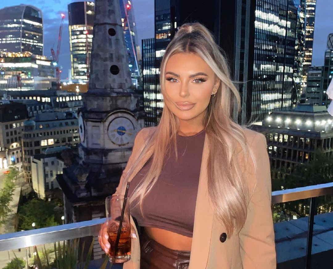Polly Marchant (Instagram Star) Wiki, Biography, Age, Boyfriend, Family, Facts and More – Wikifamouspeople